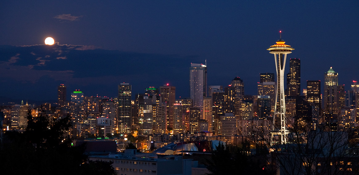 Super moon over Seattle Skyline